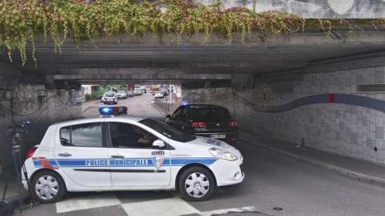 Ataque em Saint-Etienne - França